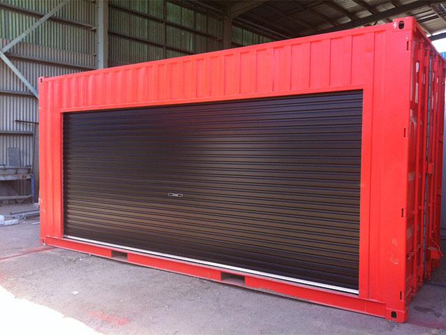 Contenedor mar timo convertido en garaje roscontainer - Www roscontainer es ...