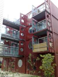arquitectura con contenedores marítimos